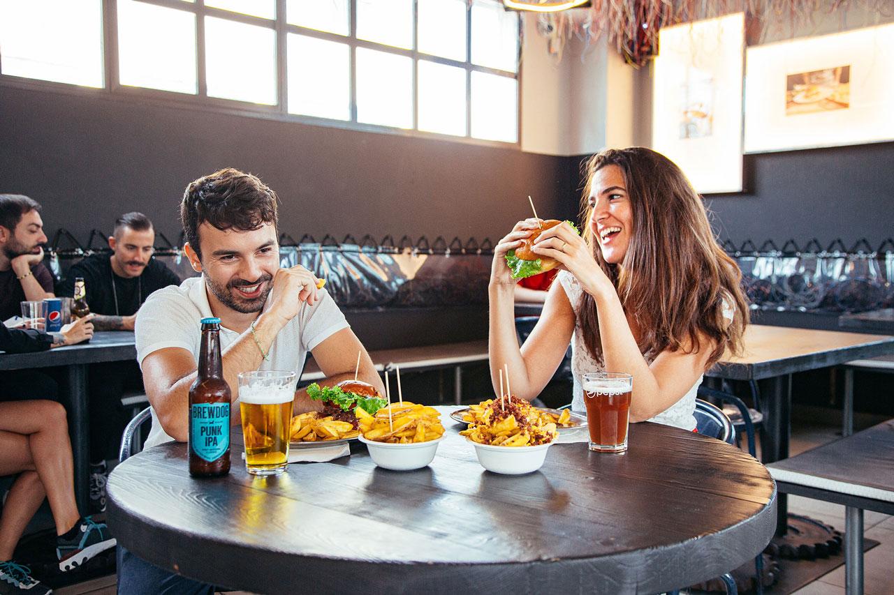 bonelli-coppia_i-migliori-hamburger-italia_bonelli-burgers-imola-bologna_mobile