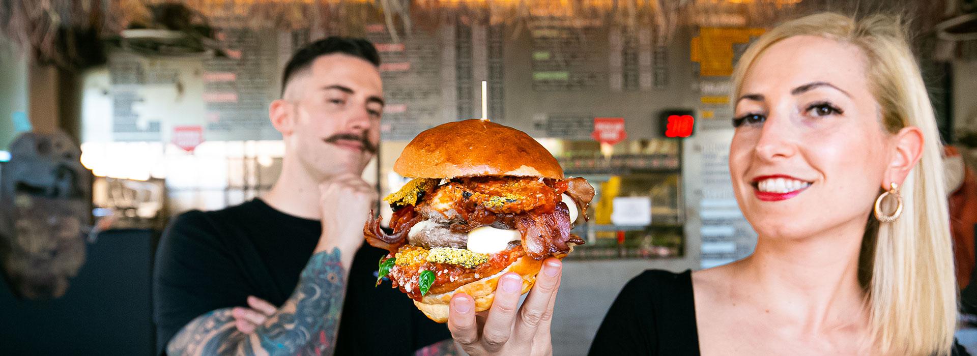 laura-e-geremia_bonelli-burgers_i-migliori-del-mondo_desktop